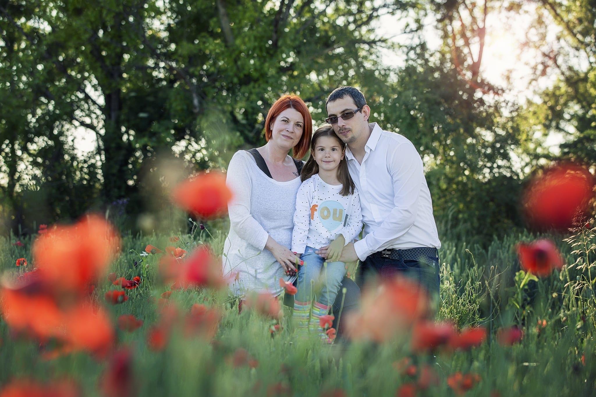 Nyári családi fotózás a pipacsmezőn 2020