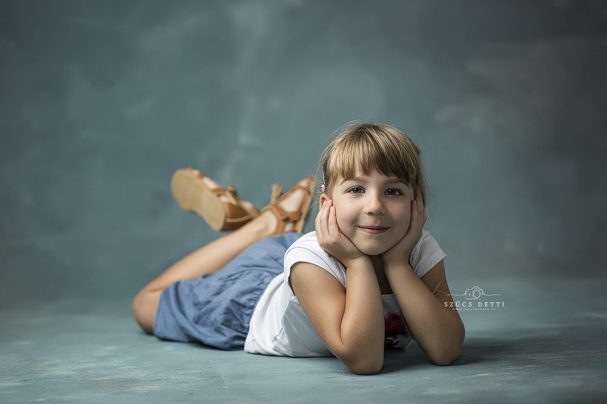 Gyerek fotózás műteremben 2020