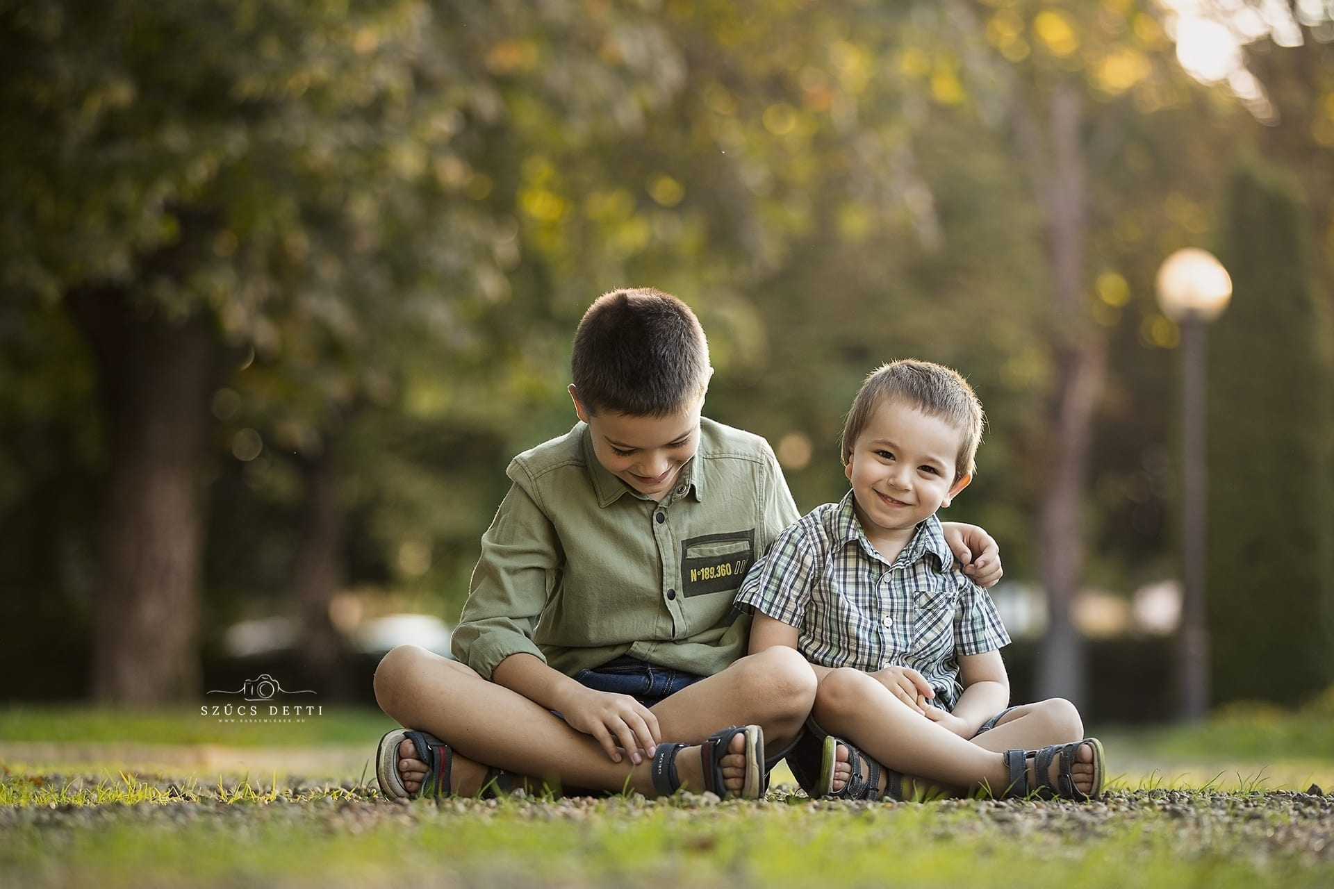 Csodás kültéri gyerekfotózás 2020 nyár