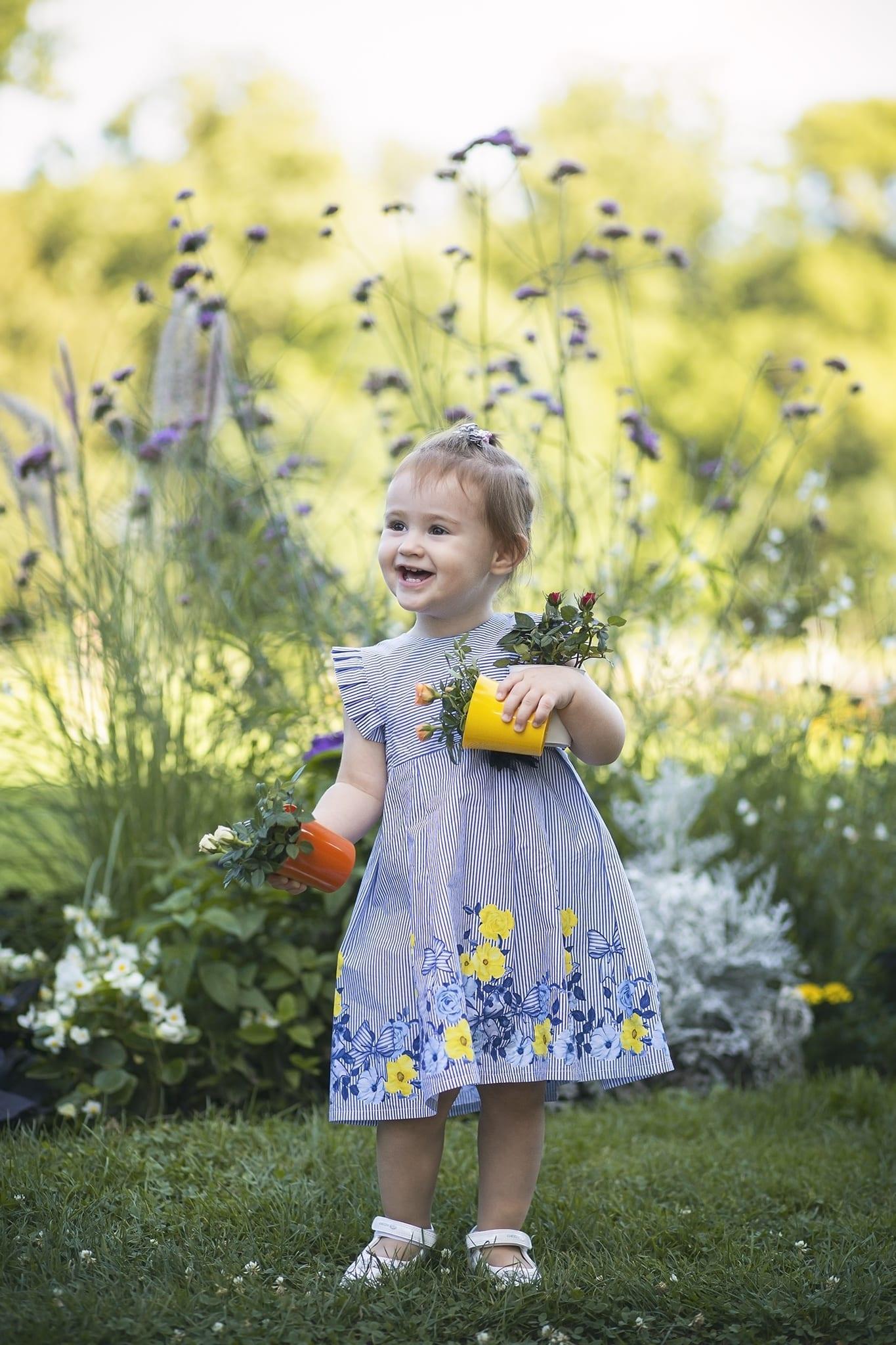 Virágos gyermekfotózás Budapesten