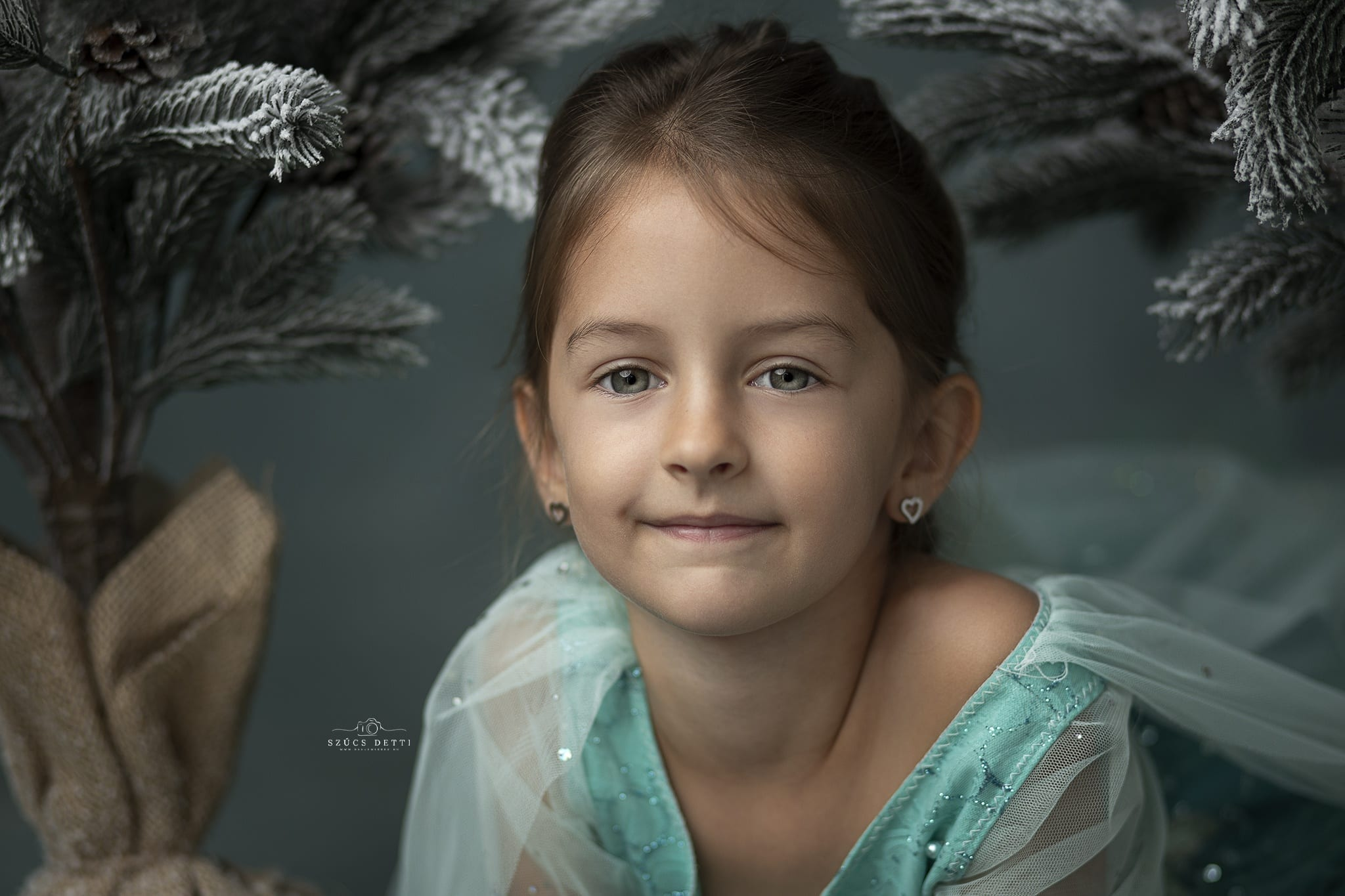 Hercegnős gyerek portré Budapest babaemlekek.hu